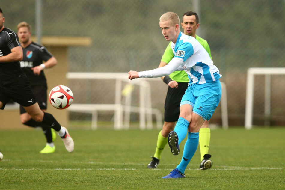 Sollte Hoppe auch gegen den bulgarischen Erstligisten überzeugen, muss eine schnelle Entscheidung her.