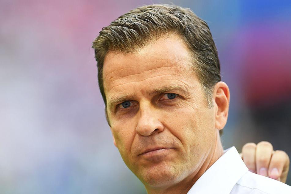 DFB-Manager Oliver Bierhoff rudert mit seinen Aussagen zu Mesut Özil zurück.