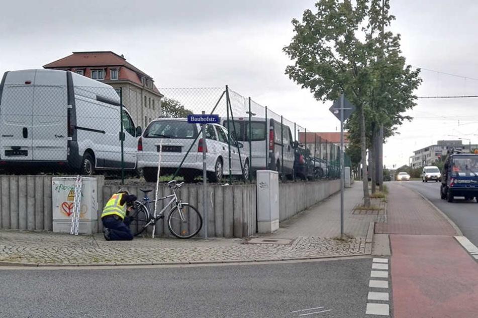 An der Ecke Löbtauer/Bauhofstraße hat es am Freitagmorgen gekracht.