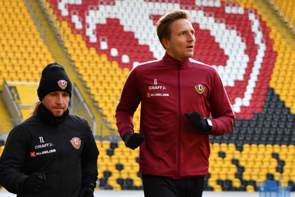 Marco Hartmann kann derzeit nur leicht laufen. Markus Kauczinski, seinen inzwischen achten Cheftrainer bei Dynamo, lernt er erst im Januar aktiv auf dem Trainingsplatz kennen.
