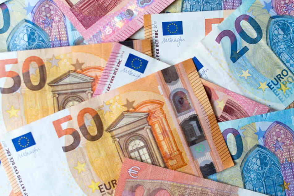 Bargeld sollte trotz Streik nicht knapp werden: Viele Banken haben vorgesorgt. (Symbolbild)