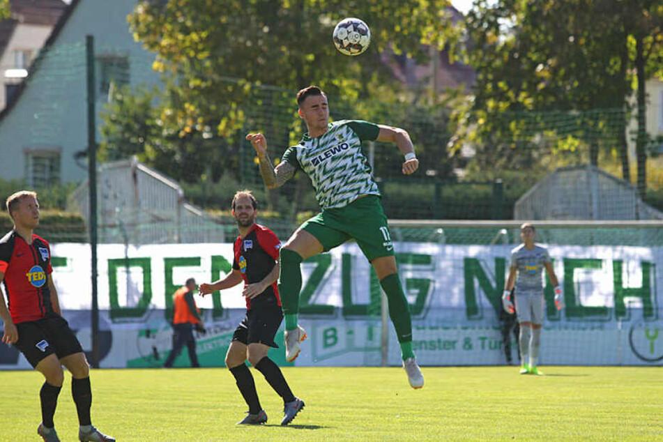 Stürmer Tomas Petracek, der seine beiden Ligatore daheim erzielte, war auch diesmal erfolgreich, konnte die Pleite aber nicht verhindern.