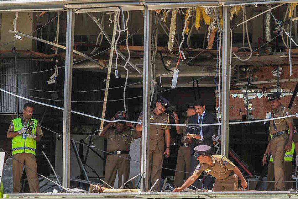 Wer war für die Anschlagsserie in Sri Lanka verantwortlich? Und wurden mögliche Hinweise auf die Attacken ignoriert? Nach den Angriffen mit fast 300 Toten sind wichtige Fragen noch ungeklärt.