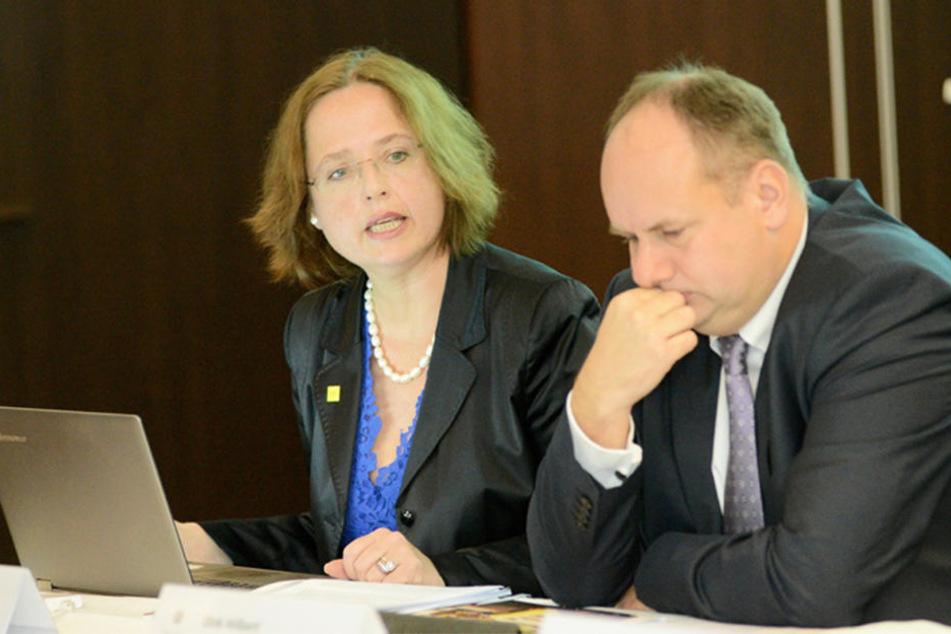 Die scheidende DMG-Chefin mit Oberbürgermeister Dirk Hilbert (FDP).