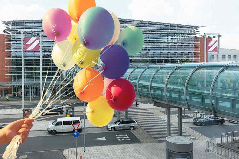 Luftballons in der Anflugschneise: Der Tower informierte die Polizei.