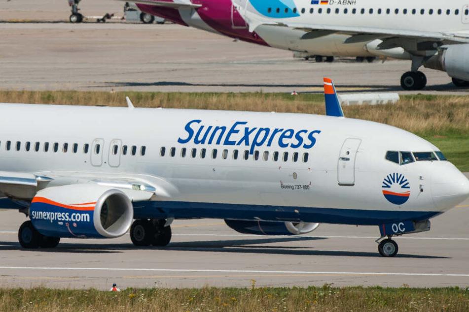 Eine Maschine von Sunexpress musste am Flughafen Köln/Bonn eine Sicherheitslandung machen. (Symbolbild)