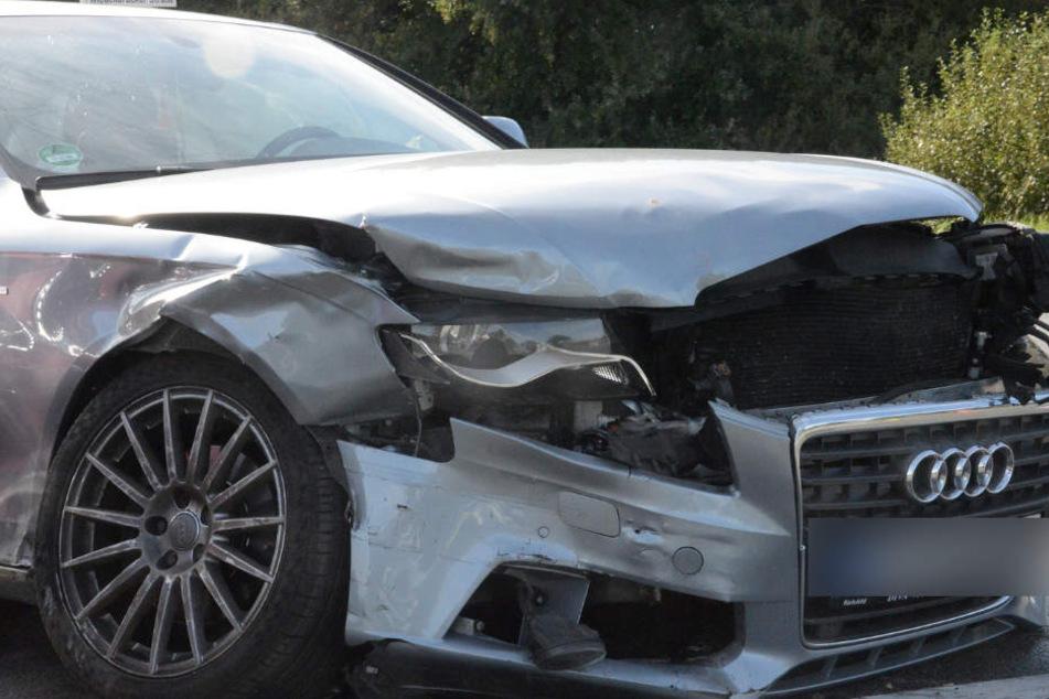 Die Front des Audi war komplett zerstört.