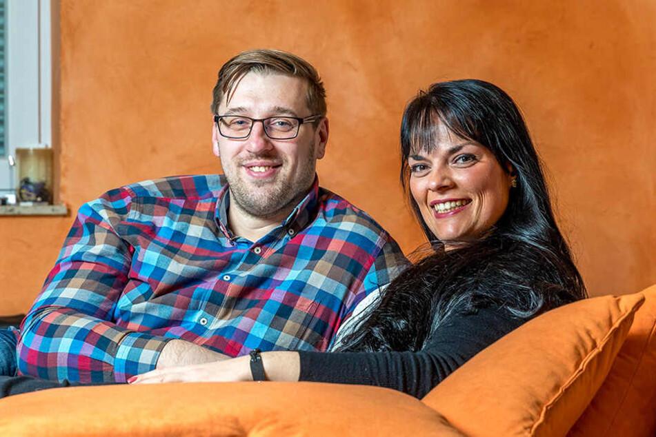 Rico und Romy (29) haben bei einer Blind-Date-Hochzeit im Fernsehen geheiratet.