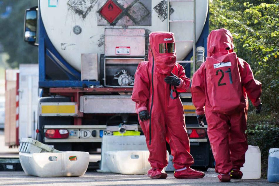 Die Erfurter Staatsanwaltschaft prüft den Verdacht auf Schmiergelder beiIHK-Prüfungen für Gefahrguttransporte. (Symbolbild)