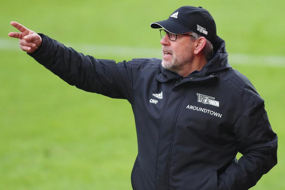 Union-Coach Urs Fischer (55) erwartet am Sonntag gegen Arminia Bielefeld aufgrund des Trainerwechsels eine verändert auftretende Heimmannschaft.