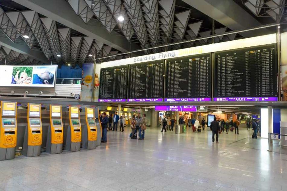 Terminal des Frankfurter Flughafens evakuiert