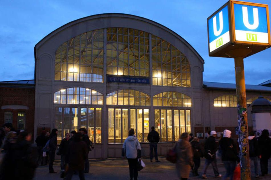 Rund um die Warschauer Straße kam es am Donnerstagmorgen zu mehreren Straftaten.