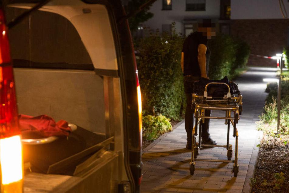 Nachbarn hören Hilfeschreie: Zwei Tote nach blutiger Messerstecherei in Wiesbaden