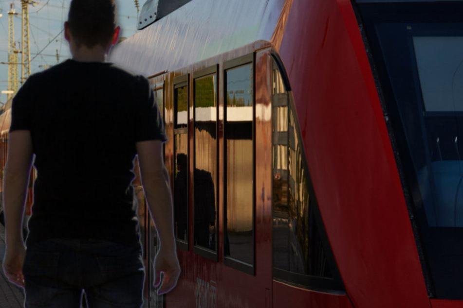Ein 18-Jähriger hat in einem Zug mehrere Frauen belästigt (Symbolbild).