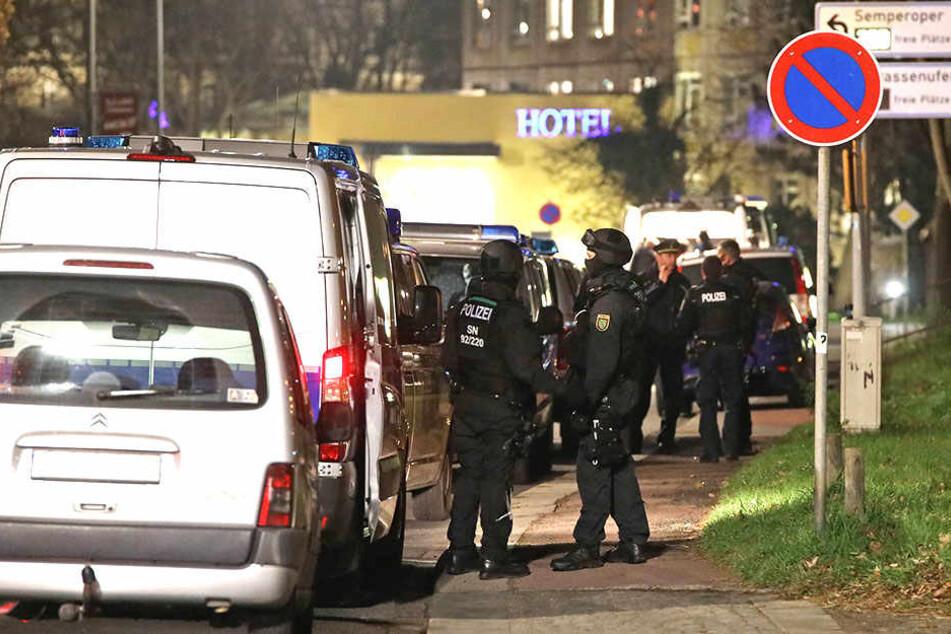 Am Samstagabend kam es in der Dresdner Innenstadt zu einem Polizeieinsatz