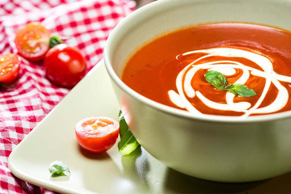 Mit einer Schüssel Suppe Gutes tun: In der SoupBAR bezahlt Ihr für jemand anderen die Portion mit und spendet Freude!