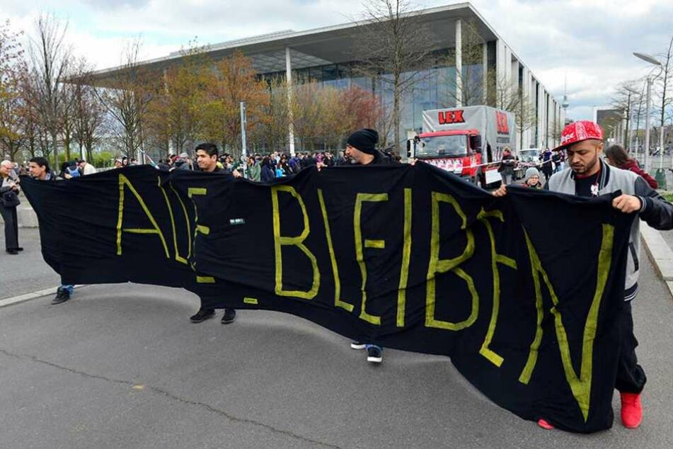 Demonstration für ein Abschiebestopp im April 2017 in Berlin.