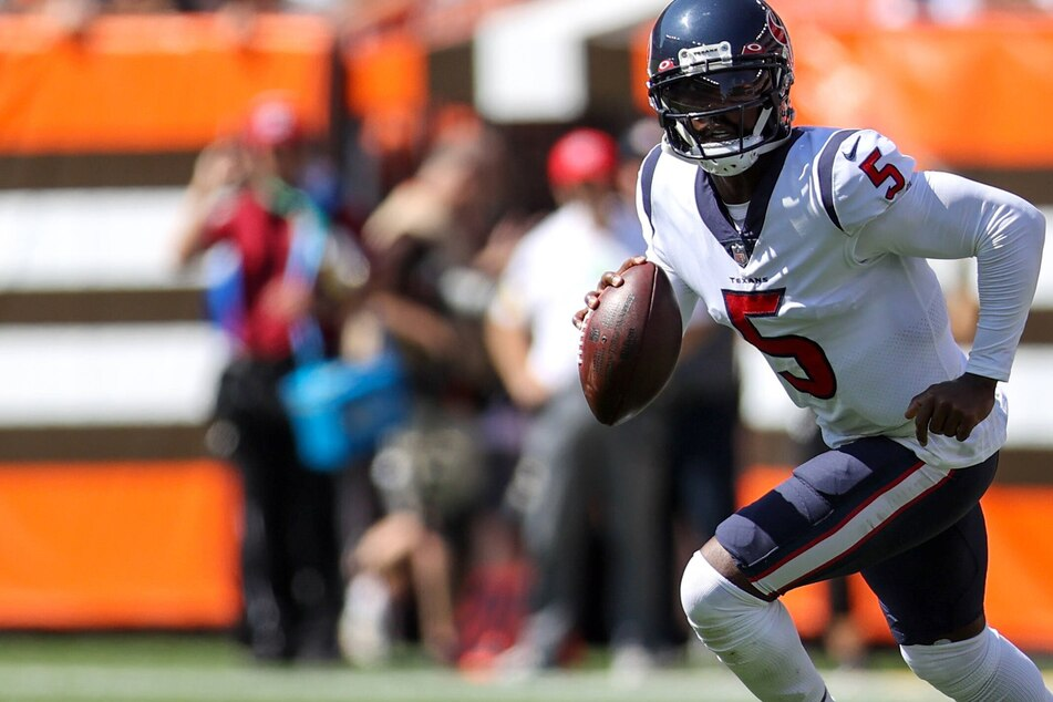 NFL: Texans in quarterback quagmire as Tyrod Taylor likely to be out for weeks