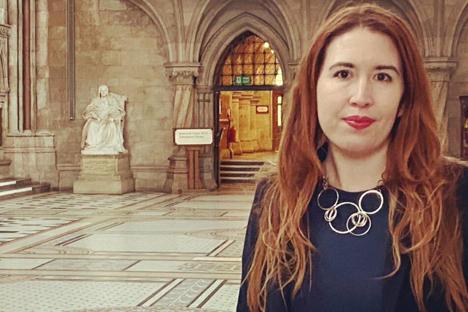 Emily (41) beschloss, mit ihrer Geschichte an die Öffentlichkeit zu gehen.