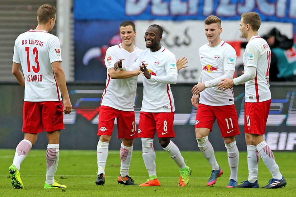 Blitz-Aufstieg: Nach der Bundesliga träumen die Roten Bullen von der Champions League.