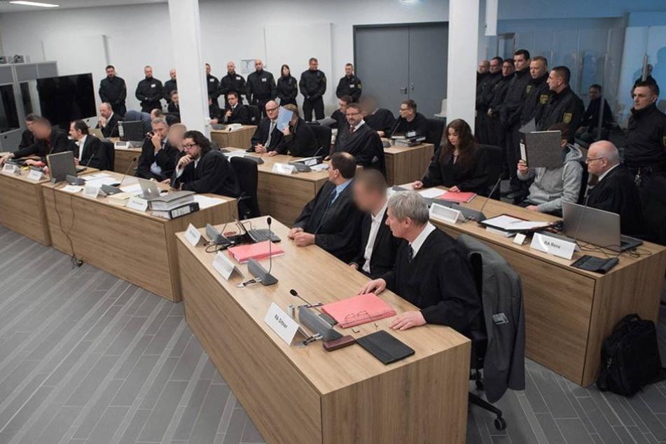 Terror-Prozess: Verteidigung stellt Befangenheitsantrag