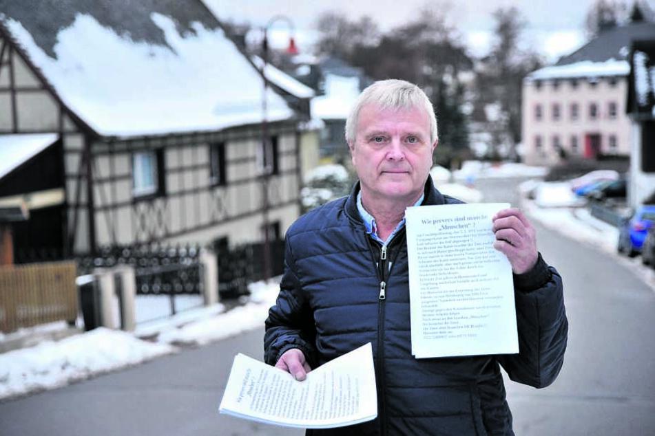 Matthias Henke (64) verteilte Flugblätter und setzte eine Belohnung aus.