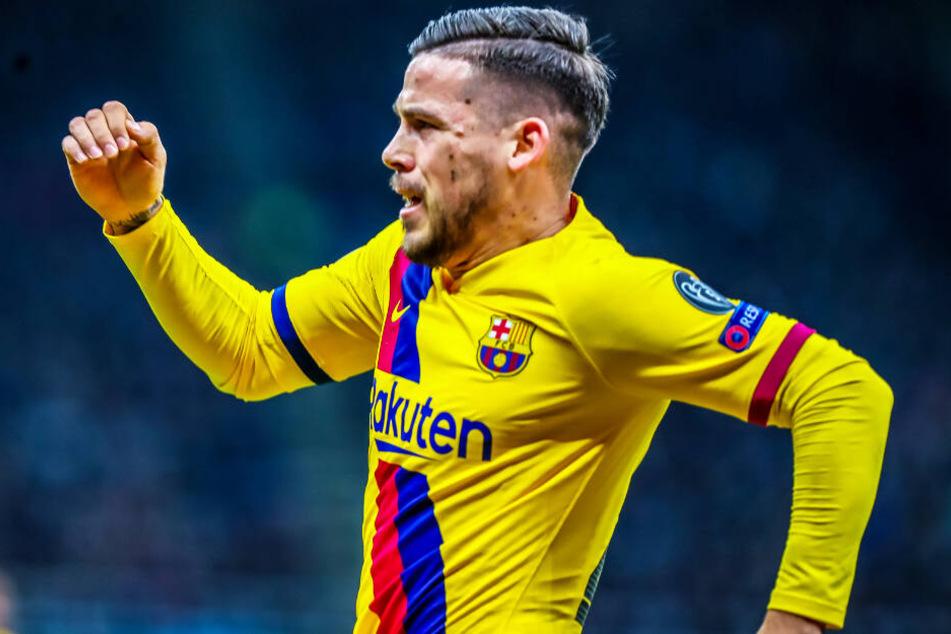 Carles Pérez vom FC Barcelona soll ins Visier des FC Bayern München geraten sein.