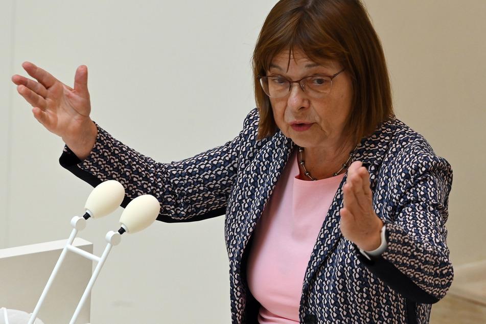 Ursula Nonnemacher (63, Grüne) macht sich für junge Geflüchtete stark.