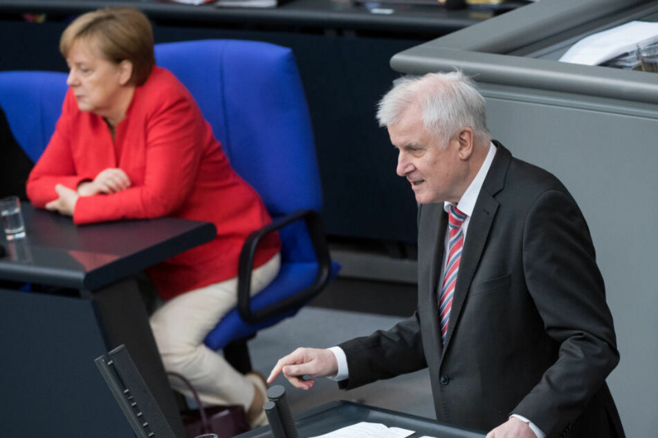 Horst Seehofer verteidigte die Neuregelung.