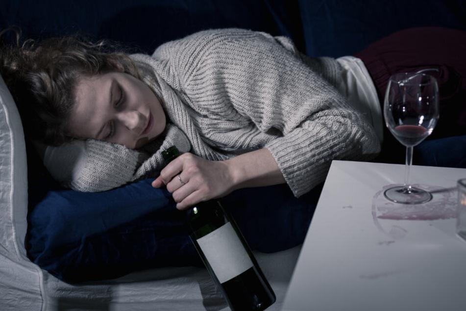 Auch der Vater des Babys war komplett betrunken und stand zusätzlich unter Drogen (Symbolfoto).