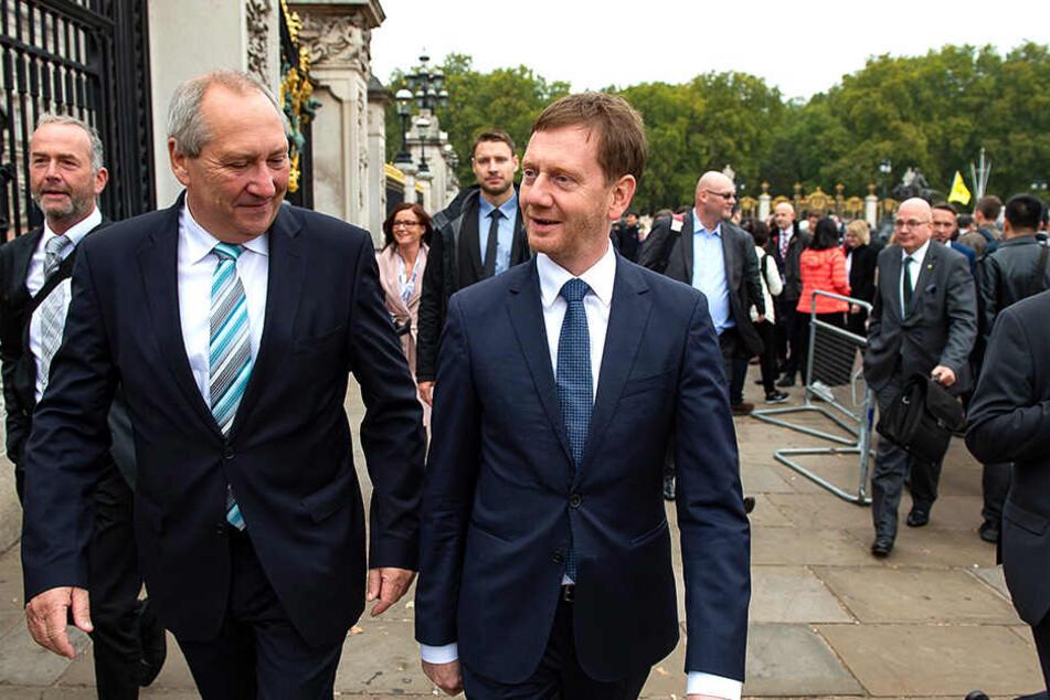 You are welcome! MP Michael Kretschmer (r.) mit Jörg Brückner von der Vereinigung der sächsischen Wirtschaft vor dem Buckingham Palace.