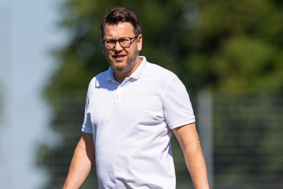 SCP-Manager Martin Przondziono freut sich, dass er den Vertrag mit Coach Steffen Baumgart verlängern konnte.