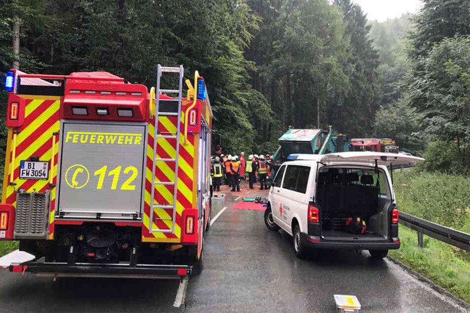 Die Feuerwehr musste eine eingeklemmte Person retten.