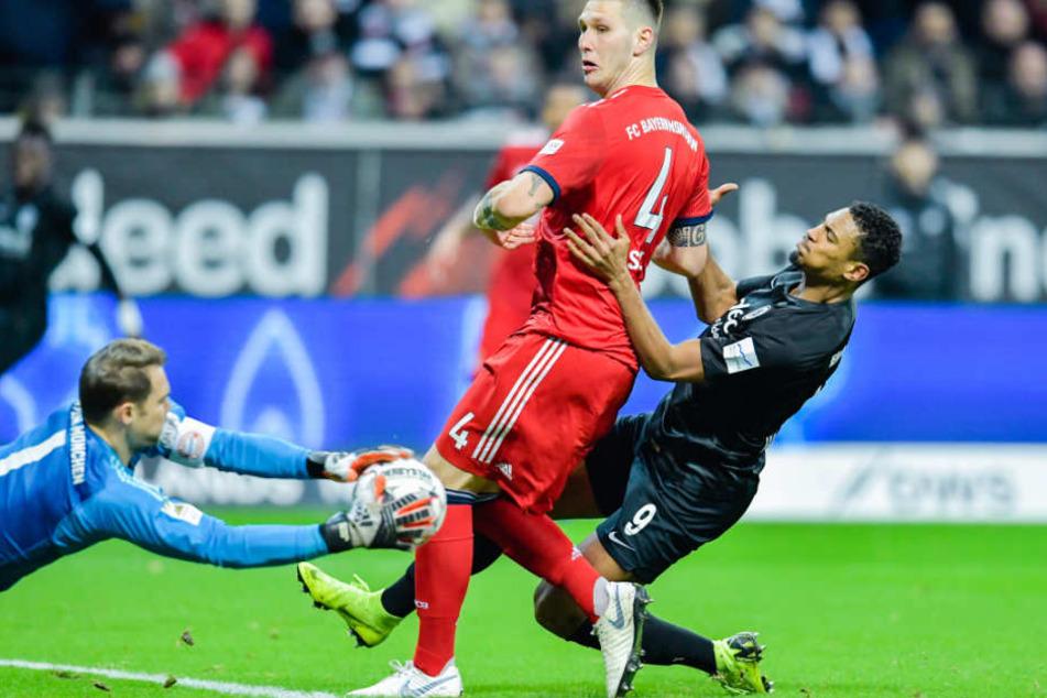 Am Ende stand beim Gastspiel bei Eintracht Frankfurt ein 3:0-Sieg zu Buche.