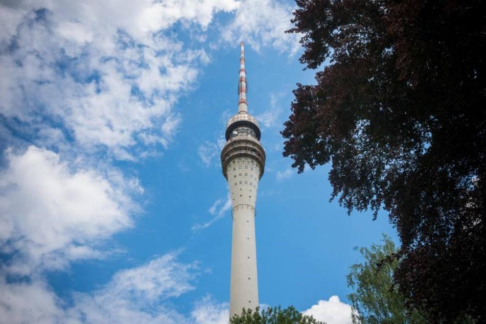 Der Dresdner Fernsehturm ist bislang verschlossen.