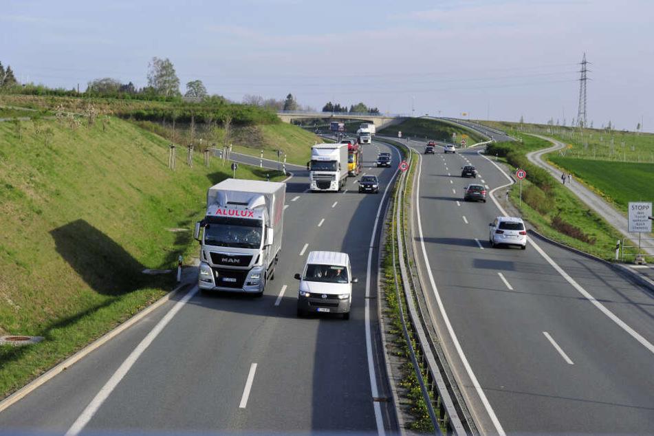 Ein CDU-Antrag sollte Tempo 50 auf der B174 über den Ortsausgang hinaus und umgekehrt erweitern. Daraus wird nun nichts. Laut LaSuV ist der Effekt zu gering.