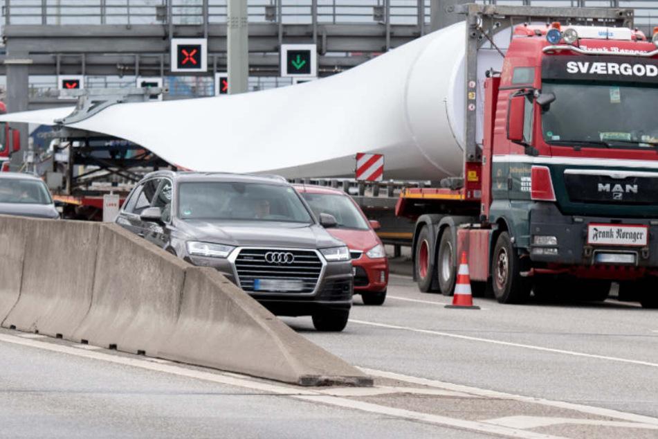 Autofahrer können aufatmen: Elbunnel wieder frei!