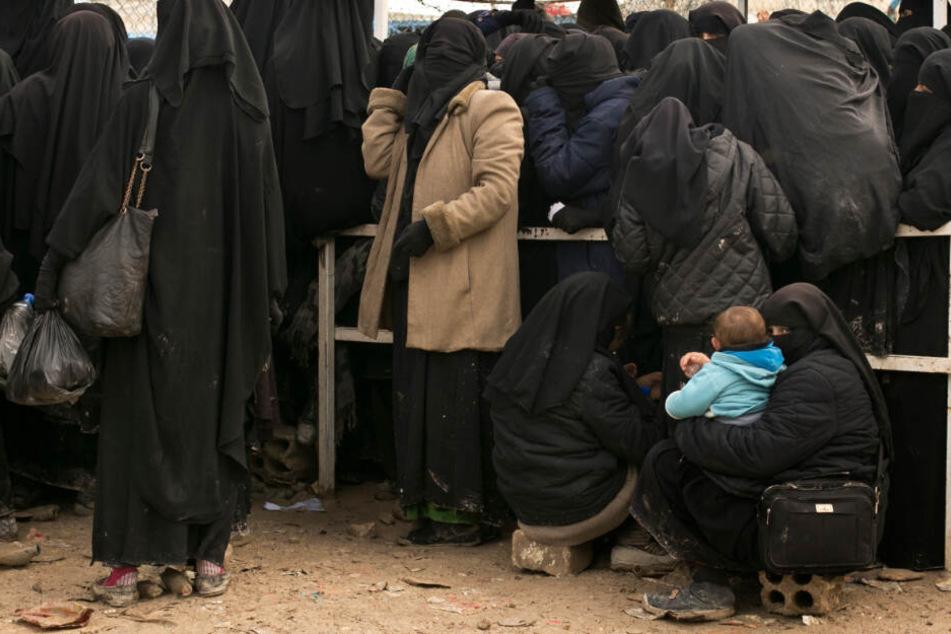 Die Mutter des Jungen ist in Syrien ums Leben gekommen. (Symbolbild).