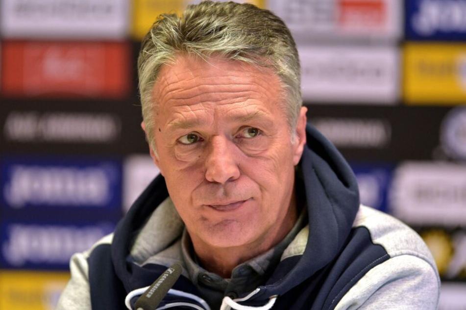 DSC-Coach Uwe Neuhaus war nach dem Spiel ziemlich geknickt.
