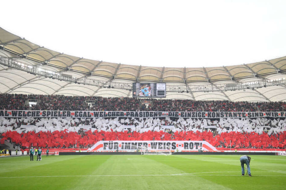Da wollen die Fans am Samstag hin: Die Mercedes-Benz-Arena. (Archivbild)