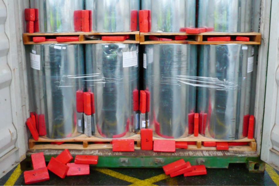 Wahnsinn! Zöllner entdecken über 100 Kilo Kokain in Seecontainer