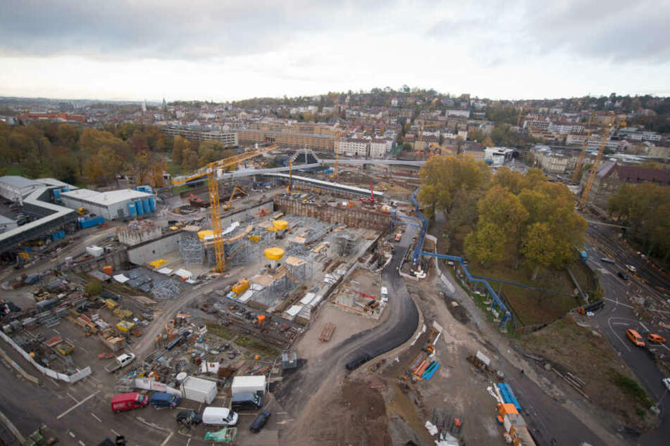 Obendrein soll das Projekt nun erst Ende 2024 beendet sein. (Archivbild)