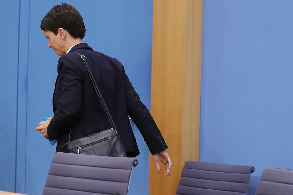 Frauke Petry, Bundesvorsitzende der AfD, verließ am 25.09.2017 in Berlin die Bundespressekonferenz - und am 29.9. die AfD.