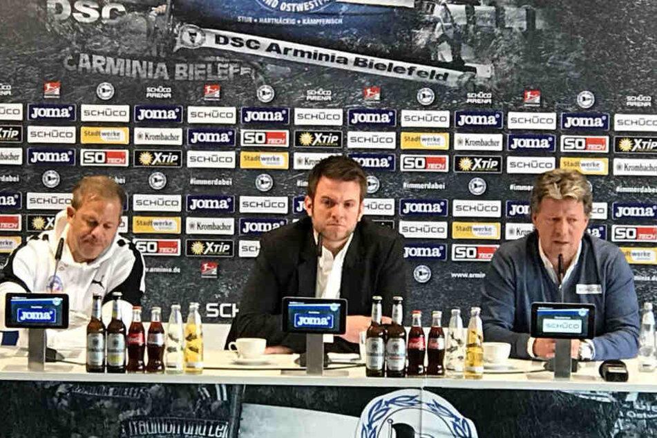Auf der Pressekonferenz lobte Jeff Saibene (r.) seine Mannschaft.