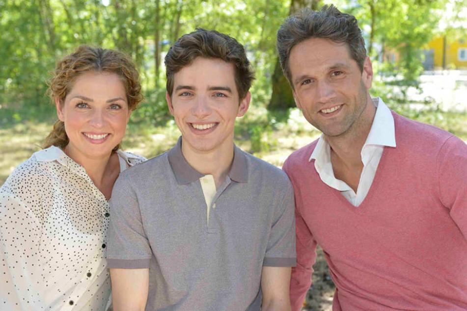Diese Familie könnte auf dem Kolle-Kiez ordentlich Chaos stiften: Nina Ahrens (Maria Wedig), Sohn Luis (Maximilian Braun) und Vater Martin (Oliver Franck).