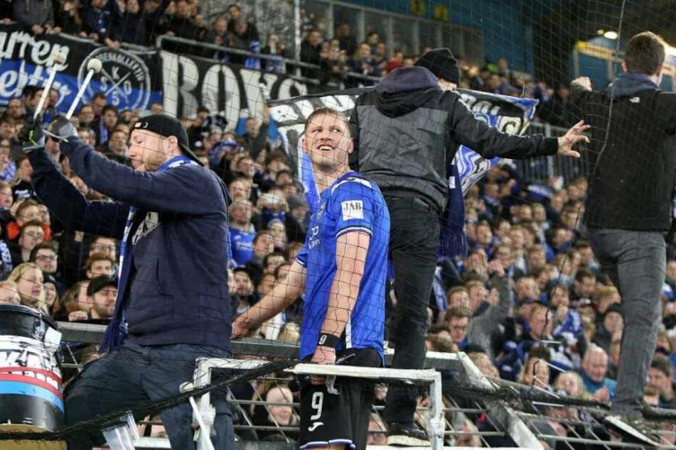 Vor allem Fabian Klos wurde in letzten Spielen von den Arminen gefeiert.