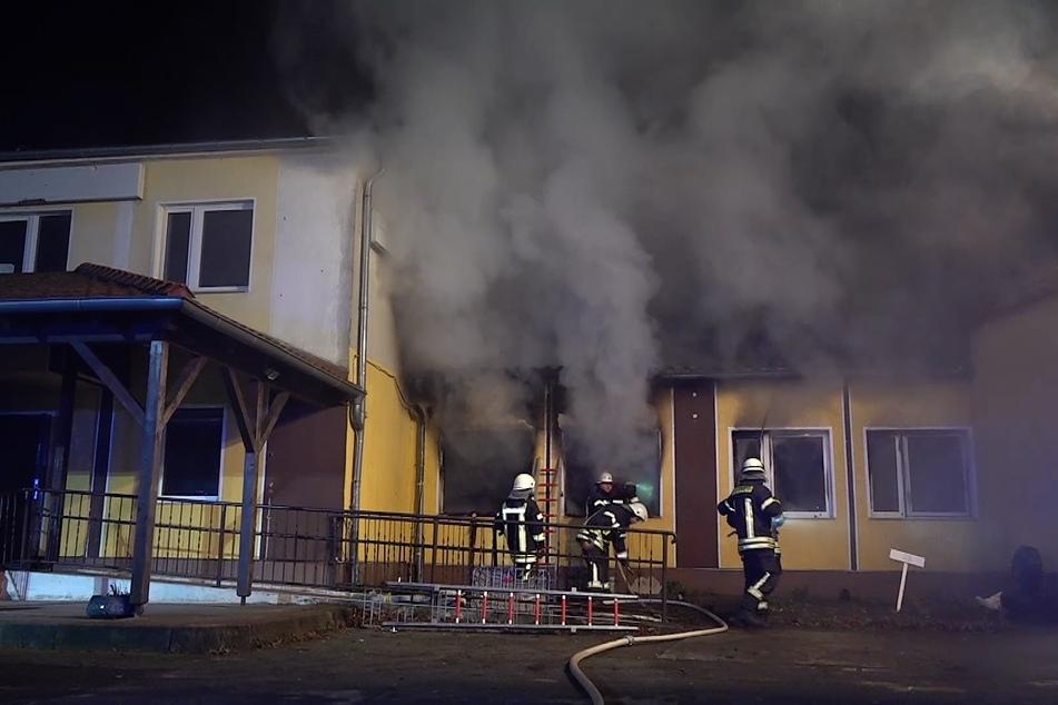 Brand in Asylunterkunft mit zwei Verletzten: Tatverdächtiger festgenommen