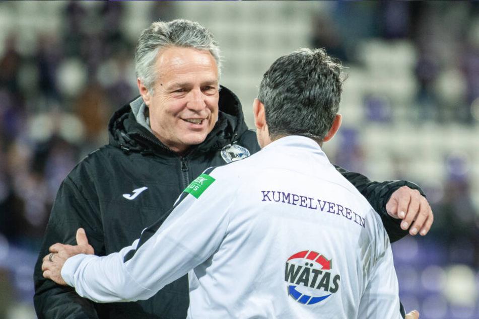 Die Trainer Uwe Neuhaus und Dirk Schuster waren beide nicht unzufrieden.