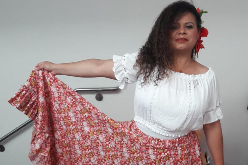 Noch unbeschwert zeigte sich Carolina Roraima Cuare (43) bei der interkulturellen Modeschau in Bautzen.
