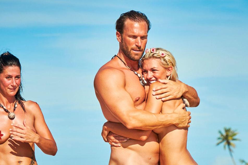 """Die große Liebe? Bastian und Yotta sind das """"Adam sucht Eva""""-Traumpaar."""